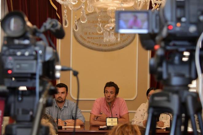 El alcalde de Cádiz, José María González, 'Kichi', en una rueda de prensa.