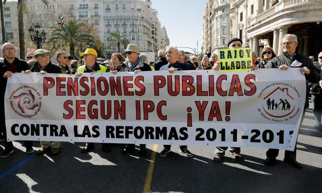 """Pensiones, jubilad@s. Continuidad en el """"damos y quitamos"""". Aumento de la privatización. La OCDE y el FMI por disminuirlas, retrasarlas...   - Página 9 15220590677463"""