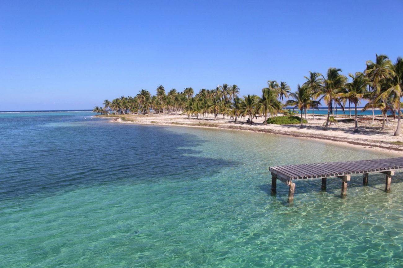 386.000 turistas internacionales en 2016. Belice es una gran mezcla de...