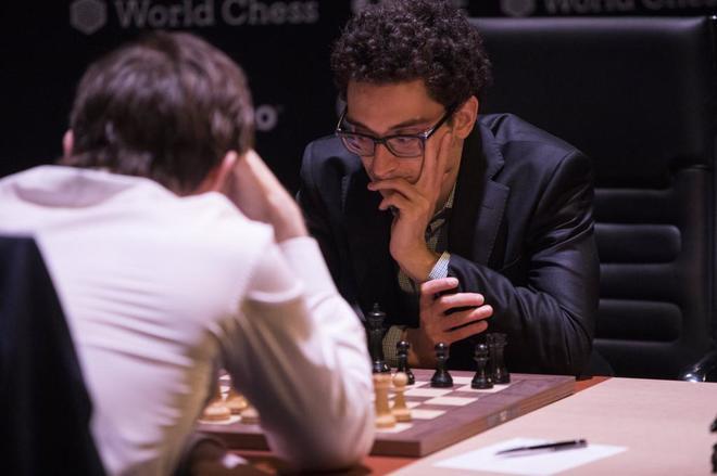 Fabiano Caruana se enfrenta al ruso Alexander Grischuk en el Torneo de...