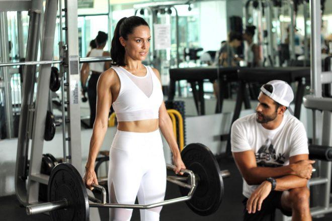 entrenadora personal para bajar de peso