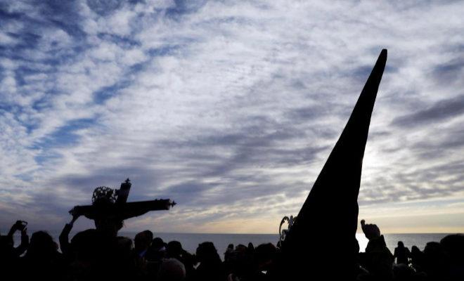 Un momento de una de las procesiones de la Semana Santa Marinera de Valencia