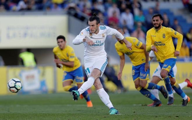 Bale marca de penalti el 0-3 para el Real Madrid.