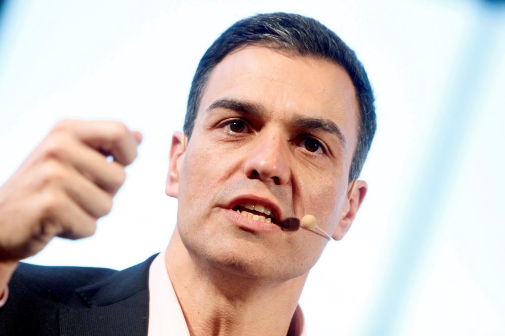 Pedro Sánchez, en una Asamblea Abierta sobre pensiones celebrada el...