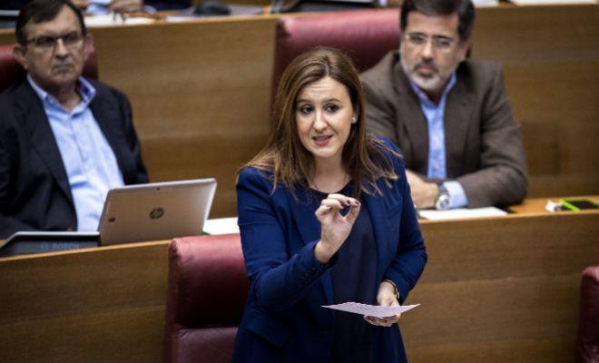 María José Catalá, durante una intervención en las Cortes.