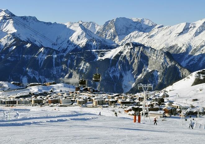 Alpe d'Huez y las montañas de Isère.