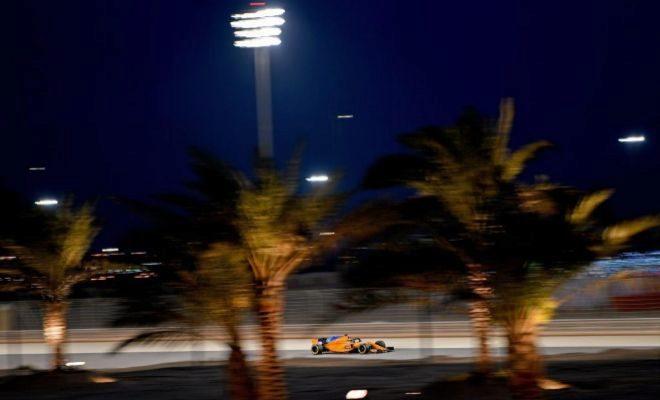 Alonso, durante la segunda sesión de entrenamientos libres en Sakhir.