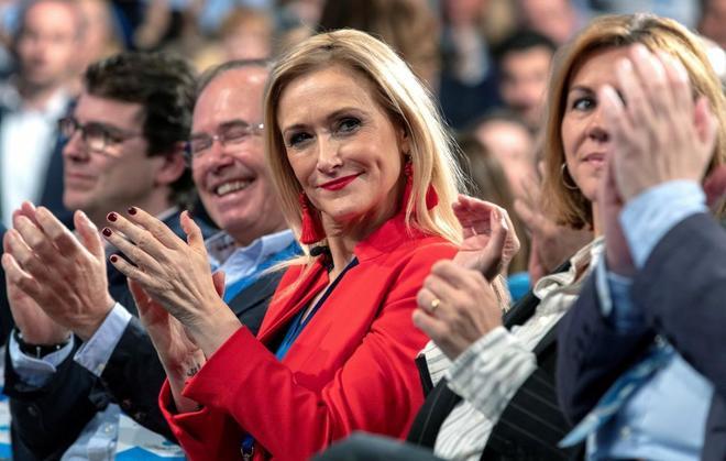 La presidenta de la Comunidad de Madrid, Cristina Cifuentes, en la...