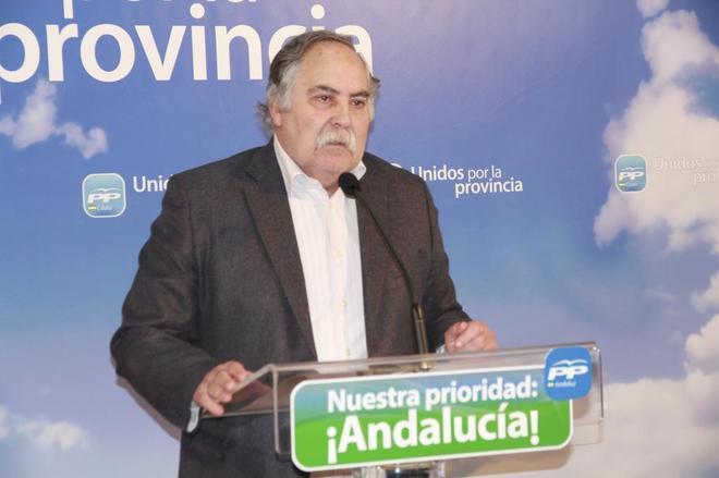 El alcalde de Prado del Rey, José ramón Becerra