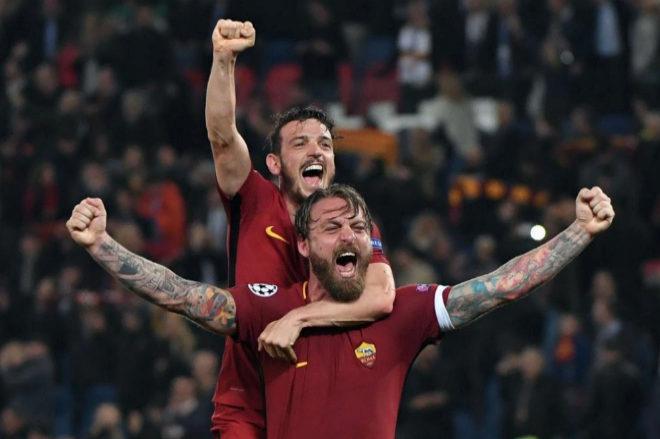 De Rossi y Florenzi celebran la clasificación de la Roma.