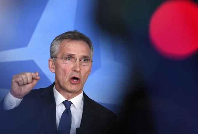 El secretario general de la OTAN, Jens Stoltenberg, en rueda de...