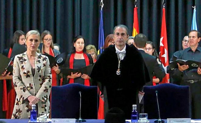 Cristina Cifuentes y Fernando Suárez, el anterior rector de la Universidad Rey Juan Carlos, acusado de plagios.