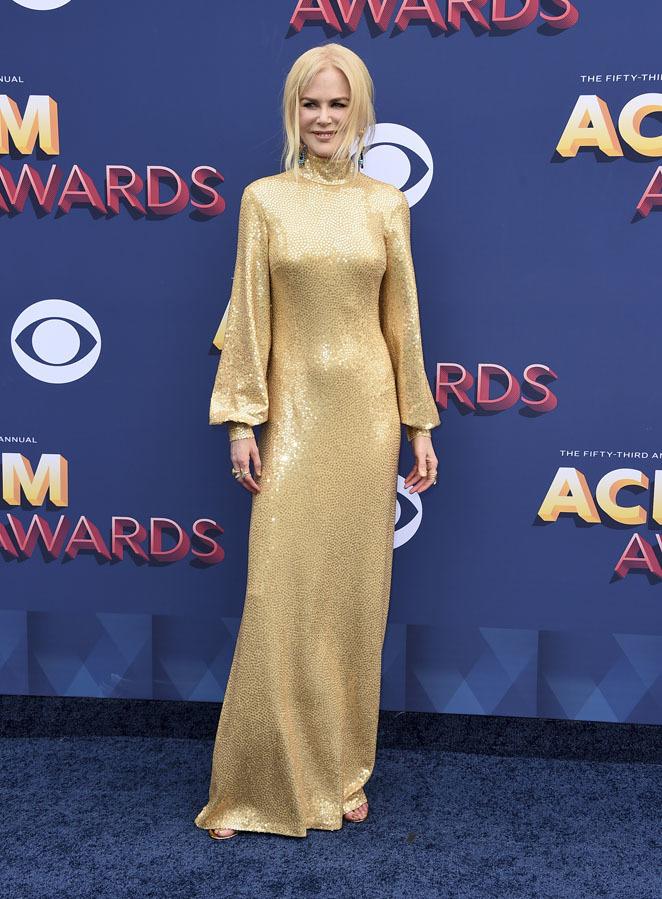 Nicole Kidman eligió un diseño de inspiración años 40 firmado por...