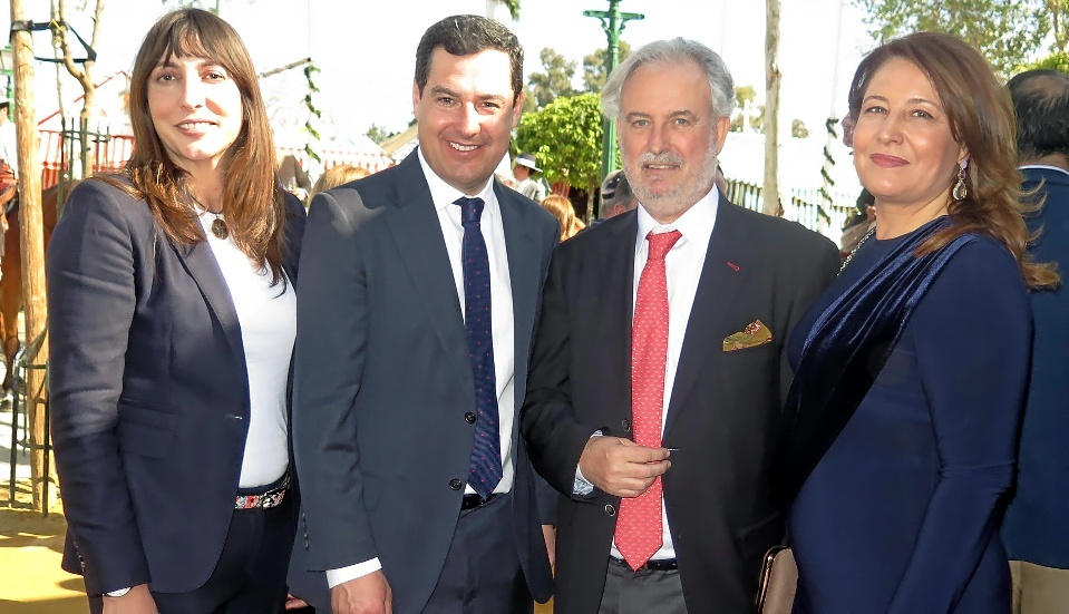 Loles López (secretaria general PP-A), Juan Manuel Moreno Bonilla...