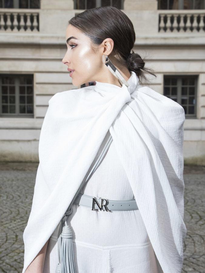 Una alternativa elegante y sencilla para los estilismos tanto de día...