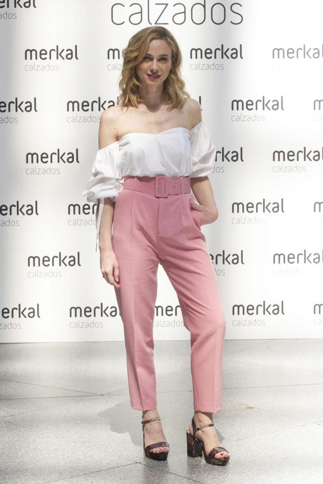 Marta Hazas tiene el pantalón de Zara de las famosas que ya se ha ...