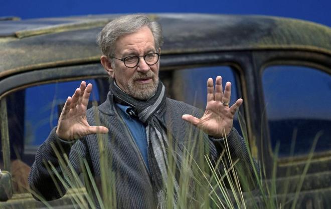 Steven Spielberg se une al mundo de los superhéroes