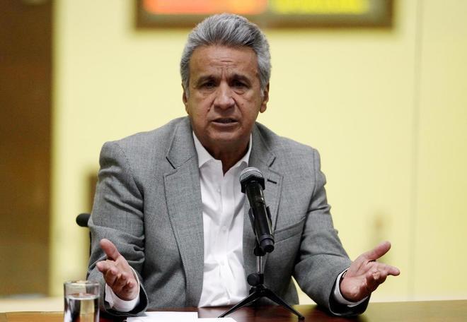 El presidente de Ecuador ordena frenar los diálogos de paz con el ELN en Quito