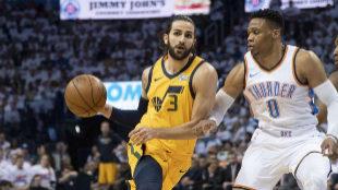 Ricky Rubio y Mitchell desesperan a Westbrook y empatan la serie
