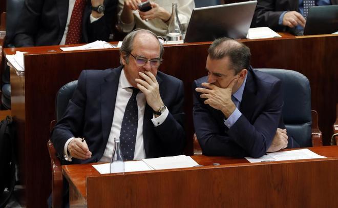 El portavoz y el secretario general del PSOE de Madrid, Ángel Gabilondo y José Manuel Franco.
