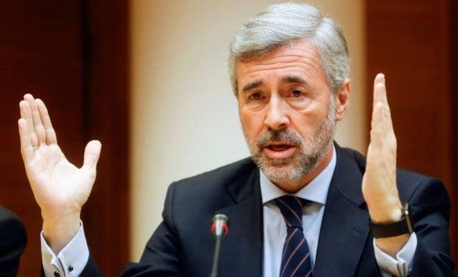 El ex ministro del Interior y ex secretario general del PP, Ángel Acebes, en las Cortes.