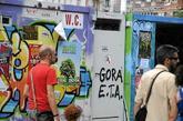 Pintada a favor de ETA en un recinto habilitado para las 'txosnas' en...
