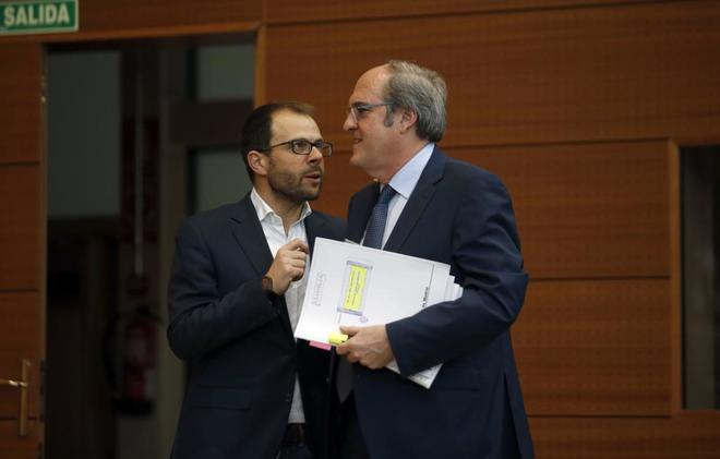 Daniel Viondi, con Ángel Gabilondo el pasado marzo.
