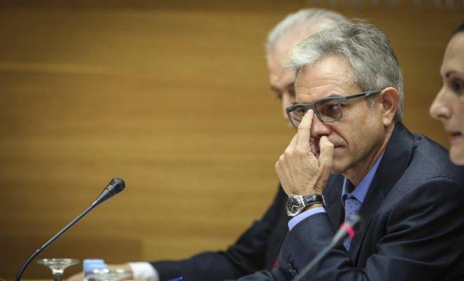 Máximo caturla, ex gerente de Ciegsa, en la comisión de investigación de las Cortes.