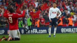 Romelu Lukaku celebra la clasificación del Manchester United ante...