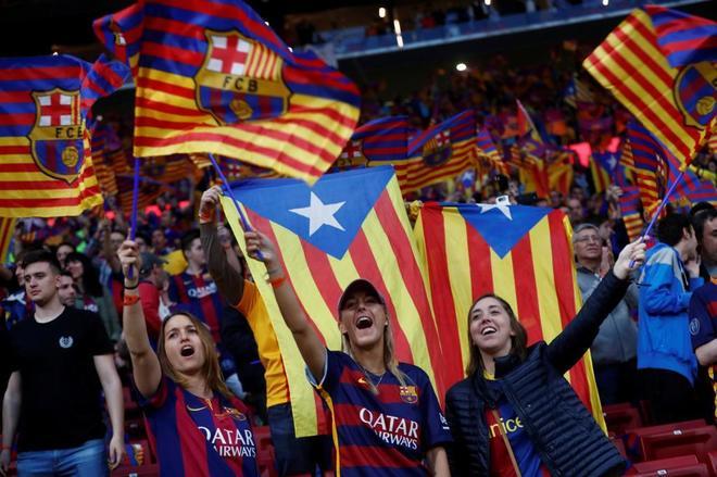 El duelo del himno: pitos del Barça y 'lololo' del Sevilla