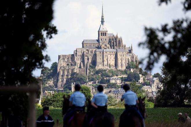 Imagen reciente del Monte de Saint-Michel, que ha sido evacuado.