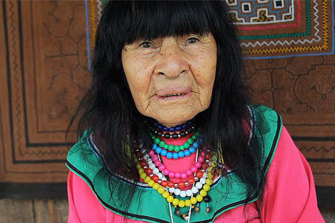 Perú: linchan a un canadiense al que acusaban de matar a la líder indígena Olivia Arévalo