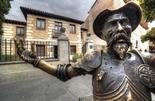 Estatua de Don Quijote de la madrileña ciudad de Alcalá de Henares.