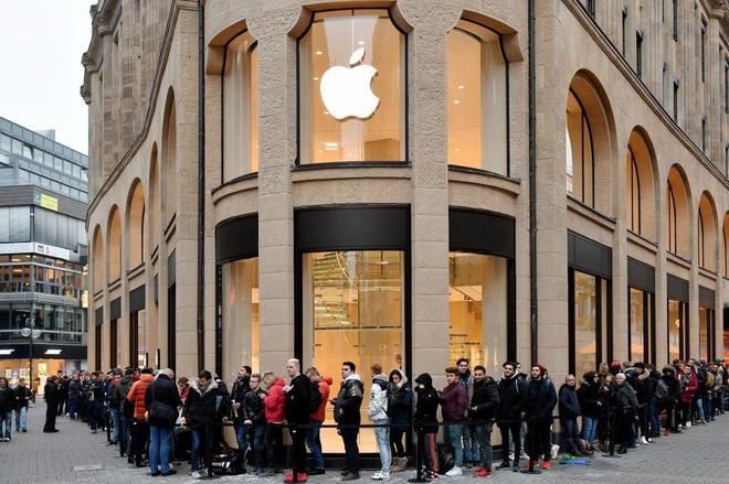 Una tienda Apple en Colonia (Alemania).