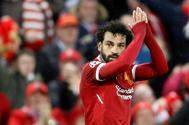 Salah pide perdón a los aficionados de la Roma tras marcar el 1-0 en Anfield el martes.
