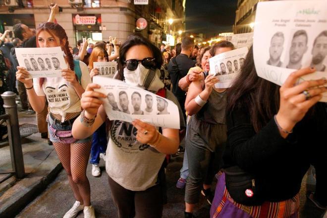 Manifestantes contra la sentencia de La Manada en Madrid.