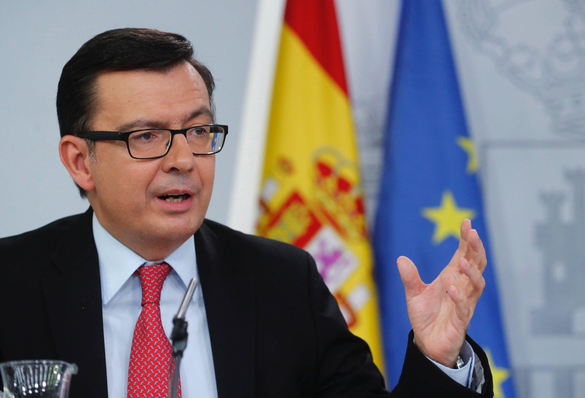 El ministro de Economía, Román Escolano, en la rueda de prensa posterior al Consejo de Ministros.