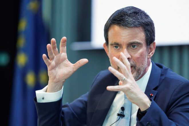 El ex primer ministro francés Manuel Valls durante un coloquio en...
