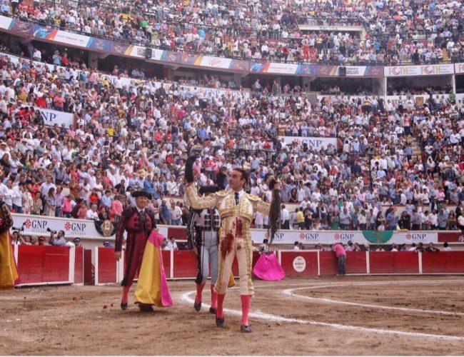 Resultado de imagen de Enrique Ponce en Aguascalientes