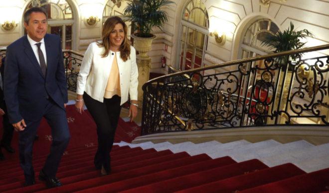 El alcalde de Sevilla, Juan Espadas, y la presidenta de la Junta, Susana Díaz,