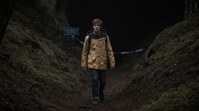 Louis Hofmann interpreta a Jonas, protagonista de la alemana 'Dark'.