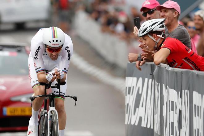 Dumoulin, durante la prueba inicial del Giro de Italia.