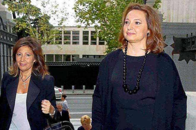 Cristina y Marta, las hijas de María José Guil, que Isidoro Álvarez adoptó tras su boda y que han sido denunciadas por sus tíos.
