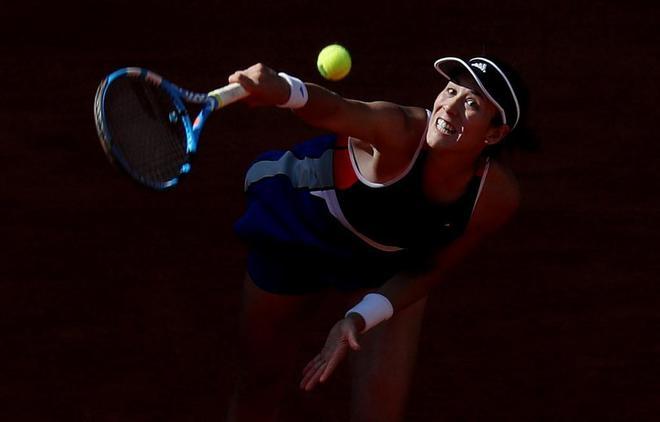 Garbiñe Muguruza, durante su estreno en el Mutua Madrid Open.