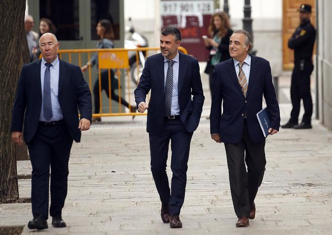 El ex consejero de la Generalitat, Santi Vila, a su llegada al Tribunal Supremo