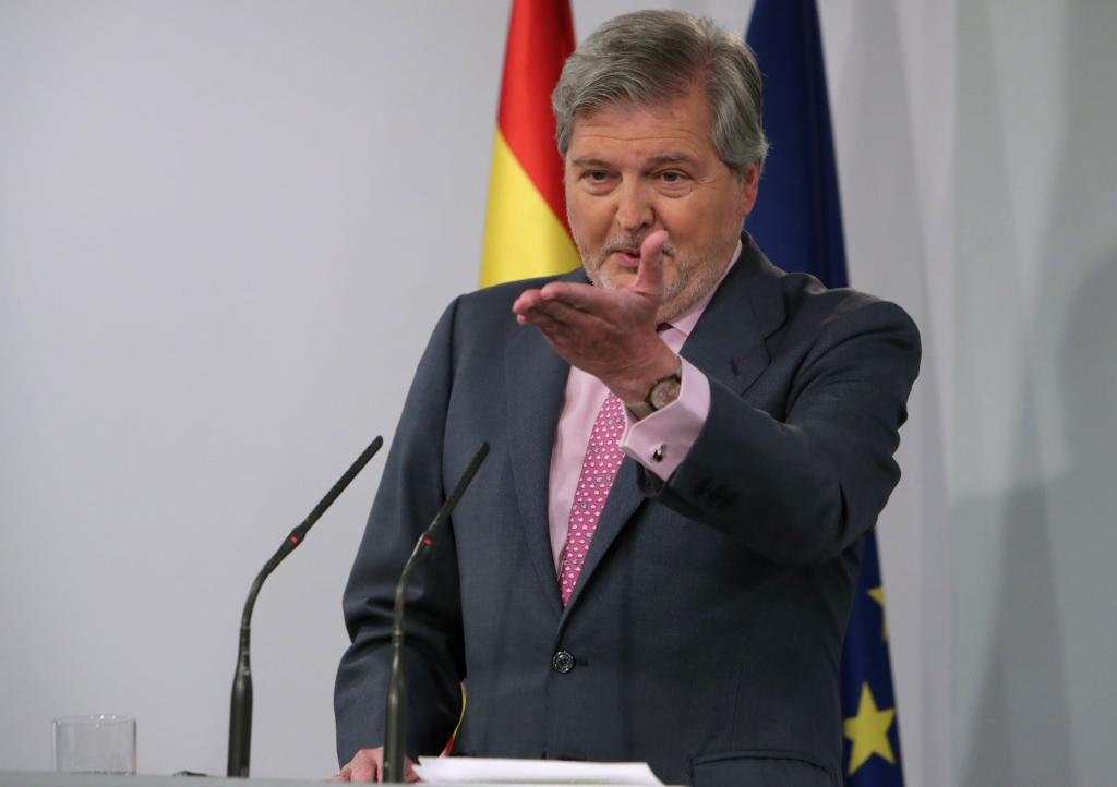El ministro portavoz, Íñigo Méndez de Vigo, en la rueda de prensa celebrada este miércoles en Moncloa.