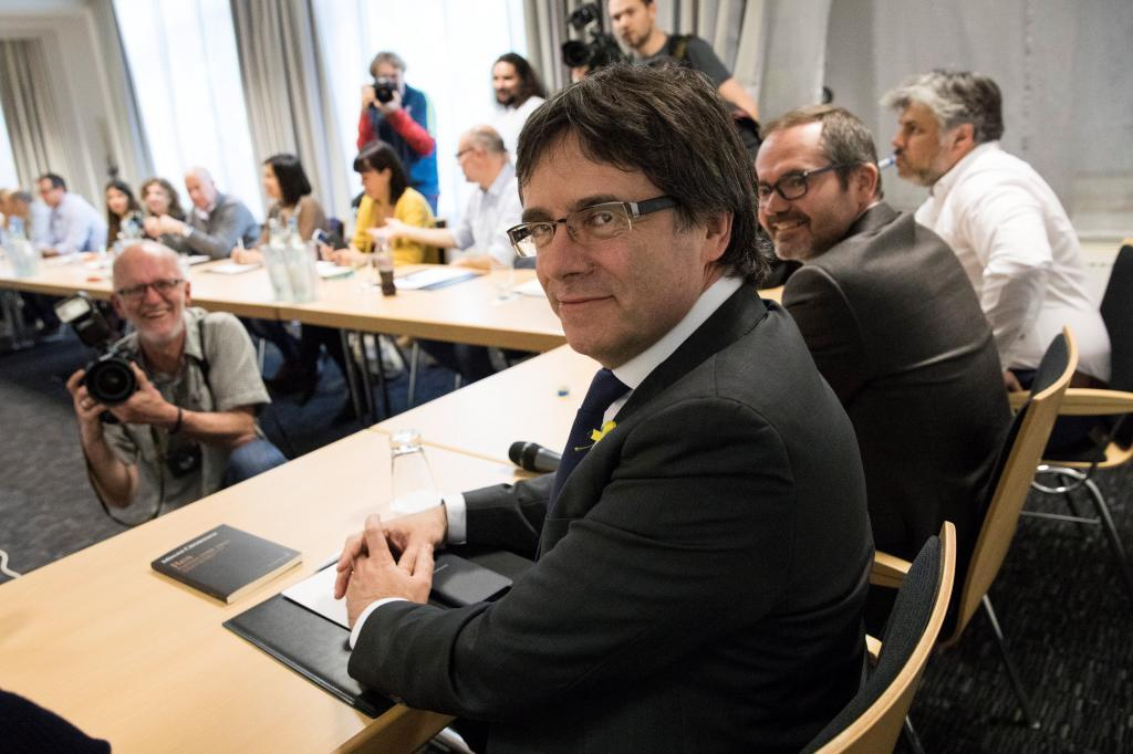 Carles Puigdemont, en la reunión celebrada con diputados de Junts per Catalunya el pasado sábado en Berlín.