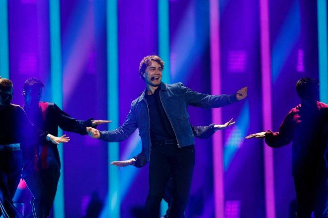 """Alexander Rybak, representante de Noruega, interpreta """"That's How You..."""