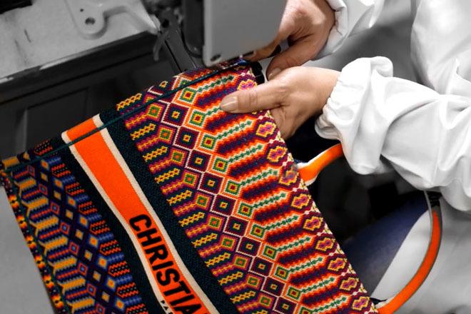 7c96ebb29a2 El proceso artesanal de los bolsos de Christian Dior es único Foto  DIOR