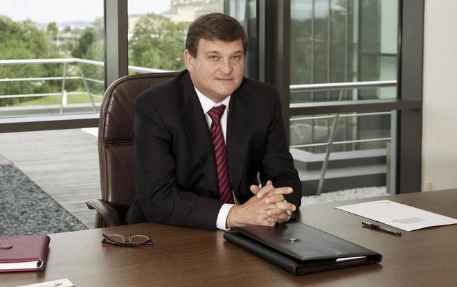 El ex presidente de Duro Felguera investigado, Ángel Antonio del...